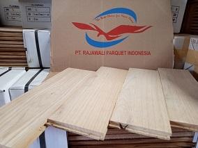 Lantai kayu Jati Grade C dan Sungkai sebagai alternatif pilihan
