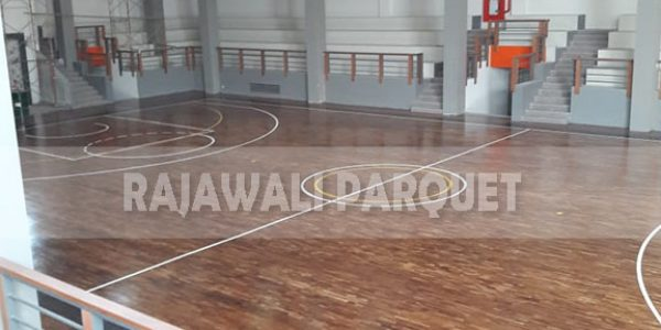 lantai kayu lapangan basket universitas Widyatama bandung 12