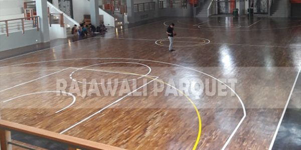 lantai kayu lapangan basket universitas Widyatama bandung 8