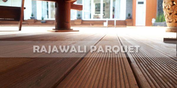 lantai kayu rumah pasha ungu Bogor 4